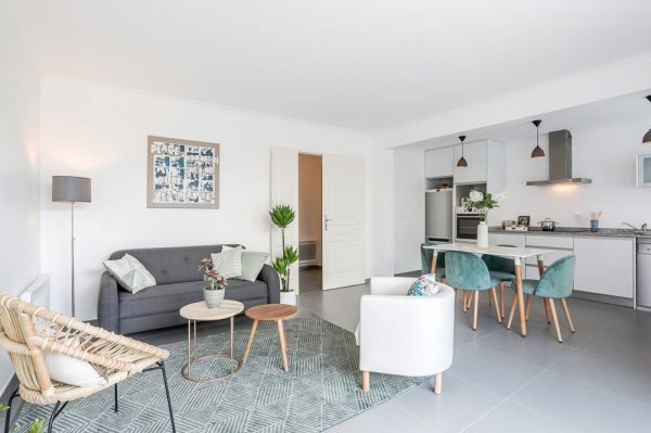 Apres-Home-Staging-Salon-Home-Staging-Experts-2-600x399