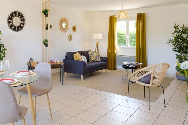 Apres-Home-Staging-Salon-Home-Staging-Experts-3-600x399